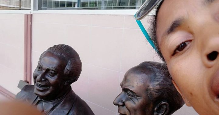 Sculptors at Electoral Office on Duke Street, downtown Kingston